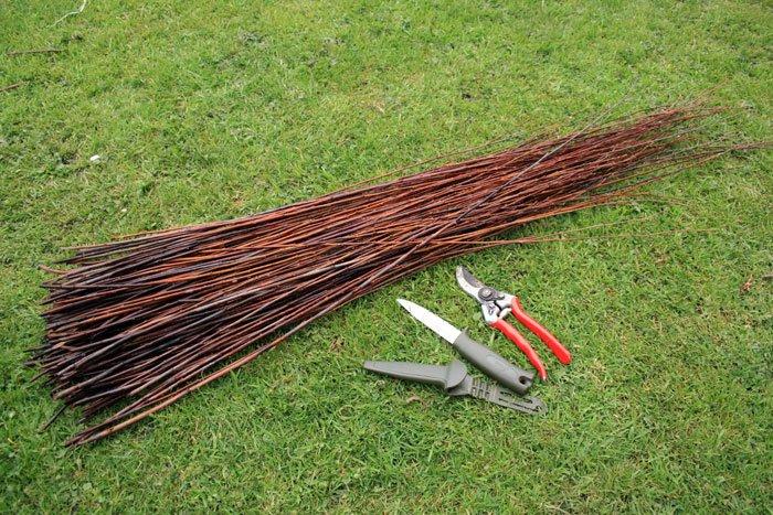 Заготовка и плетение из ивового прута